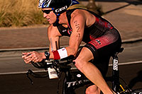 /images/133/2009-10-25-soma-bike-118672.jpg - #07654: 01:38:26 #224 cycling at Soma Triathlon … October 25, 2009 -- Rio Salado Parkway, Tempe, Arizona