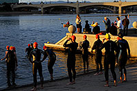 /images/133/2009-11-14-tempe-splash-121659.jpg - #07895: 1 minute before start - Splash and Dash Fall #5, Nov 14, 2009 at Tempe Town Lake … November 2009 -- Tempe Town Lake, Tempe, Arizona