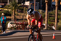 /images/133/2009-11-22-ironman-bike-pro-12418.jpg - #07953: 01:12:58 Cyclists on a 112 mile bike course - Ironman Arizona 2009 … November 2009 -- Tempe Town Lake, Tempe, Arizona