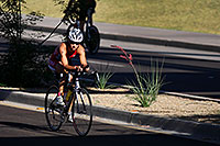 /images/133/2010-05-16-tempe-tri-bike-2283.jpg - #08119: Tempe Triathlon at Tempe Town Lake … May 2010 -- Rio Salado Parkway, Tempe, Arizona