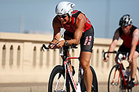 /images/133/2010-05-16-tempe-tri-bike-2982.jpg - #08125: Tempe Triathlon at Tempe Town Lake … May 2010 -- Mill Road, Tempe, Arizona