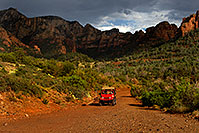 /images/133/2010-07-11-sedona-views-15942.jpg - #08285: Red Jeep in Sedona … July 2010 -- Schnebly Hill, Sedona, Arizona