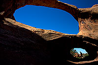 /images/133/2010-09-11-arches-doubleo-32976.jpg - #08700: People at Double O Arch in Arches National Park … September 2010 -- Double O Arch, Arches Park, Utah