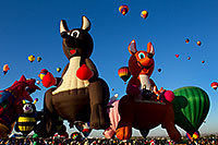 /images/133/2010-10-07-abq-balloon-fiesta-38935.jpg - #08865: Balloon Fiesta in Albuquerque, New Mexico … October 2010 -- Albuquerque, New Mexico