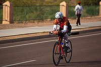 /images/133/2010-11-21-ironman-bike-44054.jpg - #08947: 01:36:19 - #925 cycling - Ironman Arizona 2010 … November 2010 -- Rio Salado Parkway, Tempe, Arizona