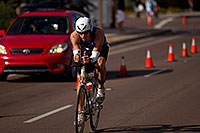 /images/133/2010-11-21-ironman-pro-bike-44784.jpg - #08992: 03:12:28 - #266 early in Lap 2 - Ironman Arizona 2010 … November 2010 -- Rio Salado Parkway, Tempe, Arizona