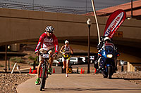 /images/133/2010-11-21-ironman-run-pros-45743.jpg - #09010: 03:48:55 - #1 Jordan Rapp early in Lap 3 - Ironman Arizona 2010 … November 2010 -- Tempe Town Lake, Tempe, Arizona