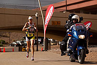 /images/133/2010-11-21-ironman-run-pros-45745.jpg - #09011: 03:48:55 - #1 Jordan Rapp early in Lap 3 - Ironman Arizona 2010 … November 2010 -- Tempe Town Lake, Tempe, Arizona