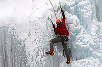 /images/133/2011-01-09-ouray-climbers-48441.jpg - #09134: Ice climbing by Ouray … January 2011 -- Ouray, Colorado