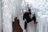 /images/133/2011-01-09-ouray-climbers-48542.jpg - #09137: Ice climbing by Ouray … January 2011 -- Ouray, Colorado