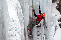 /images/133/2011-01-09-ouray-climbers-48715.jpg - #09049: Ice climbing by Ouray … January 2011 -- Ouray, Colorado