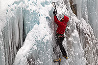 /images/133/2011-01-09-ouray-climbers-48851.jpg - #09051: Ice climbing by Ouray … January 2011 -- Ouray, Colorado