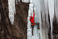 /images/133/2011-01-09-ouray-climbers-48947.jpg - #09053: Ice climbing by Ouray … January 2011 -- Ouray, Colorado