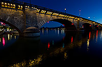 /images/133/2011-04-01-havasu-bridge-night-65521.jpg - #09181: Night at London Bridge in Lake Havasu City … April 2011 -- London Bridge, Lake Havasu City, Arizona