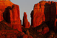 /images/133/2011-04-10-sedona-cathedral-66476.jpg - #09187: Evening light on Cathedral Rock in Sedona … April 2011 -- Cathedral Rock, Sedona, Arizona
