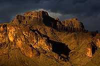 /images/133/2011-05-18-supers-dark-70884.jpg - #09266: Evening in Superstitions … May 2011 -- Superstitions, Arizona