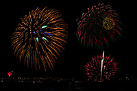 /images/133/2011-07-04-den-fireworks-81335m.jpg - #09396: Independence Day Fireworks - 4th of July in Broomfield, Colorado … July 2011 -- Broomfield, Denver, Colorado
