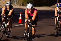 /images/133/2011-09-25-nathan-bike-99826.jpg - #09608: 01:03:29 #365 and #197 and others cycling at Nathan Triathlon 2011 … September 2011 -- Rio Salado Parkway, Tempe, Arizona