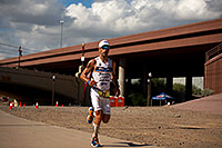 /images/133/2011-11-20-ironman-run-pros-d3s-2538.jpg - #09871: 05:50:53 - #23 Eneko Llanos [SPA] (leader, eventual winner in 07:59:38) in  Lap 1 - Ironman Arizona 2011 … November 2011 -- Tempe, Arizona