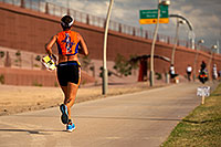 /images/133/2011-11-20-ironman-run-pros-d3s-2686.jpg - #09888: 06:40:49 - #78 Erika Csomor [HUN] (eventually DNF) - Ironman Arizona 2011 … November 2011 -- Tempe, Arizona