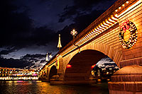 /images/133/2011-12-16-havasu-bridge-1ds3-0195.jpg - #09873: Evening at London Bridge in Lake Havasu City … December 2011 -- London Bridge, Lake Havasu City, Arizona