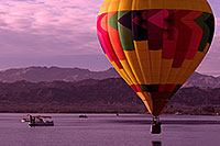 /images/133/2012-01-22-havasu-ballons-lake-144124.jpg - #10124: Balloons in Lake Havasu City, Arizona … January 2012 -- Lake Havasu City, Arizona