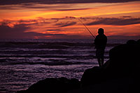 /images/133/2012-12-28-ca-carlsbad-sunset-12536.jpg - #10603: Fishing at sunset by Carlsbad, California … December 2012 -- Carlsbad, California
