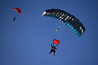 /images/133/2013-01-20-havasu-balloons-skydi-21856.jpg - #10759: Mesquite Skydivers at Lake Havasu Balloon Fest … January 2013 -- Lake Havasu City, Arizona