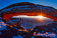 /images/133/2013-12-05-canyons-mesa-mi1-1d4_1872.jpg - #11377: Sunrise at Mesa Arch in Canyonlands National Park … December 2013 -- Mesa Arch, Canyonlands, Utah
