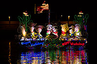 /images/133/2013-12-14-tempe-boats-1dx_4855.jpg - APS Lights Boat Parade 2013