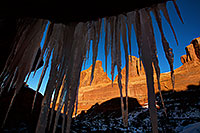 /images/133/2013-12-24-arches-park-ice-8-5d3_6924.jpg - #11448: Park Avenue in Arches National Park … December 2013 -- Park Avenue, Arches Park, Utah