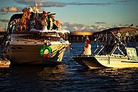 /images/133/2014-12-13-tempe-boats-1dx_7423.jpg - #12403: APS Fantasy of Lights Boat Parade … December 2014 -- Tempe Town Lake, Tempe, Arizona