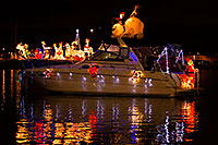 /images/133/2014-12-13-tempe-boats-1dx_9405.jpg - #12413: APS Fantasy of Lights Boat Parade … December 2014 -- Tempe Town Lake, Tempe, Arizona