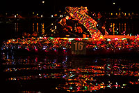 /images/133/2014-12-13-tempe-boats-1dx_9592.jpg - #12416: APS Fantasy of Lights Boat Parade … December 2014 -- Tempe Town Lake, Tempe, Arizona