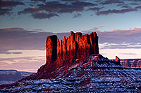/images/133/2015-01-10-monvalley-morning-1dx_1417.jpg - #12474: Morning in Monument Valley … January 2015 -- Monument valley, Utah