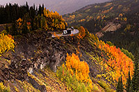 /images/133/2015-09-22-red-mountain-6d_9295.jpg - #12689: Semi truck and motorhome at Red Mountain Pass … September 2015 -- Red Mountain Pass, Colorado