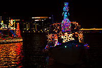 /images/133/2015-12-12-tempe-aps-lights-1dx_03173.jpg - #12891: APS Fantasy of Lights Boat Parade … December 2015 -- Tempe Town Lake, Tempe, Arizona
