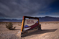 /images/133/2016-04-25-dv-sign-1dx_11122.jpg - #12953: Death Valley, California … April 2016 -- Panamint Valley, Death Valley, California