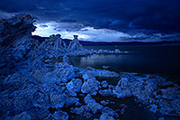 /images/133/2016-05-05-ca-mono-twilight-1dx_12533.jpg - #12915: Mono Lake at twilight … May 2016 -- Mono Lake, California