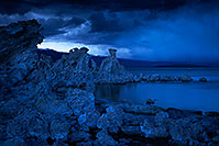 /images/133/2016-05-05-ca-mono-twilight-1dx_12559.jpg - #12911: Mono Lake at twilight … May 2016 -- Mono Lake, California