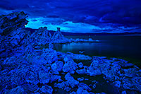 /images/133/2016-05-05-ca-mono-twilight-im1s-1dx_12533.jpg - #12910: Mono Lake at twilight … May 2016 -- Mono Lake, California