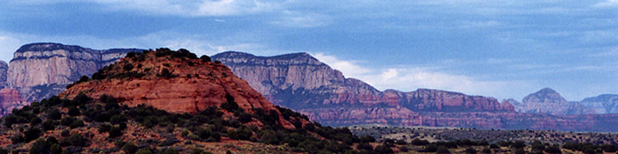 /images/500/2000-05-sedona-syca-view-sp.jpg - #00500: Dogie Trail in Sycamore canyon … May 2000 -- Sycamore Canyon, Sedona, Arizona