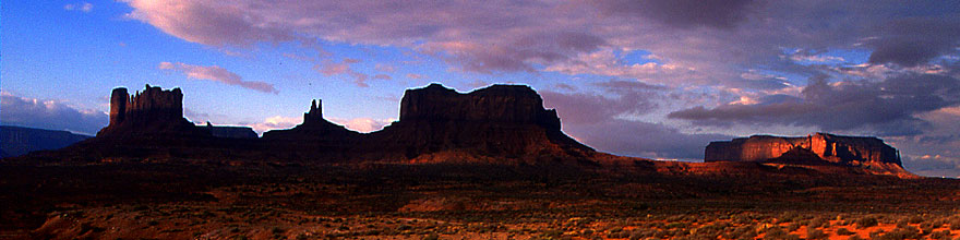 /images/500/2000-09-monvalley-6am-sp.jpg - #00676: 6am in Monument Valley … Sept 2000 -- Monument Valley, Utah