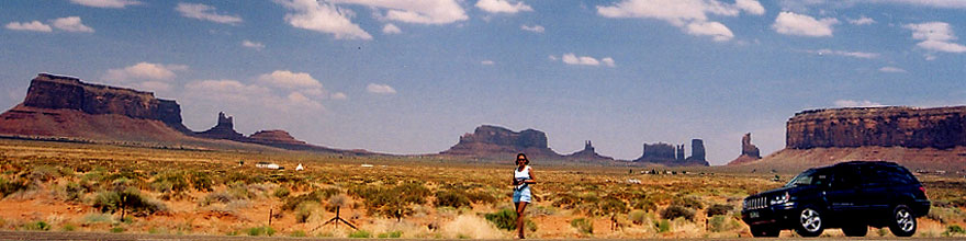 /images/500/2004-07-monvalley-4-sp.jpg - #01748: Ola in Monument Valley … July 2004 -- Monument Valley, Utah