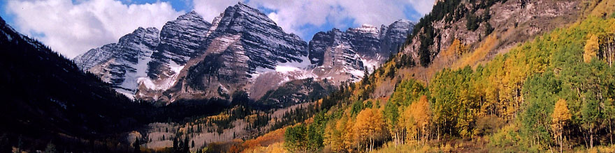 /images/500/2004-09-maroon-view1-sp.jpg - #02214: Maroon Bells in fall … Sept 2004 -- Maroon Peak, Maroon Bells, Colorado
