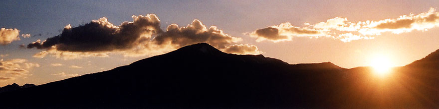 /images/500/2004-10-crested-sunset-rays-sp.jpg - #02347: Crested Butte … Oct 2004 -- Crested Butte, Colorado