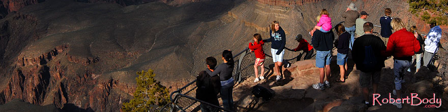 /images/500/2008-04-02-gc-yav-8965-sp.jpg - #05128: People enjoying views from Yavapai Point in Grand Canyon … April 2008 -- Yavapai Point, Grand Canyon, Arizona