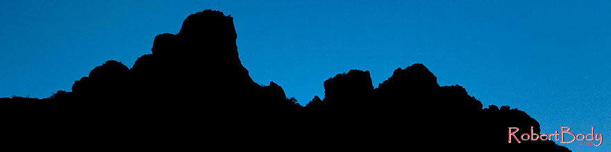 /images/500/2008-09-01-supers-mtn-silh-23231sp.jpg - #05866: Mountain Silhouettes of Superstitions … September 2008 -- Apache Trail Road #2, Superstitions, Arizona