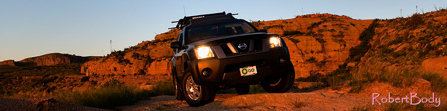 /images/500/2008-09-01-supers-xterra-23172sp.jpg - #05831: Xterra in Superstitions … September 2008 -- Apache Trail Road #2, Superstitions, Arizona