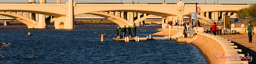 /images/500/2008-11-15-tempe-splash-47521sp.jpg - #06078: 16 minutes into the race - Splash and Dash Fall #6, November 15 2008 at Tempe Town Lake … November 2008 -- Tempe Town Lake, Tempe, Arizona